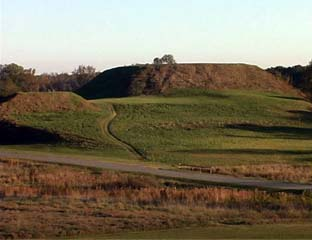 Ocmulgee_mounds