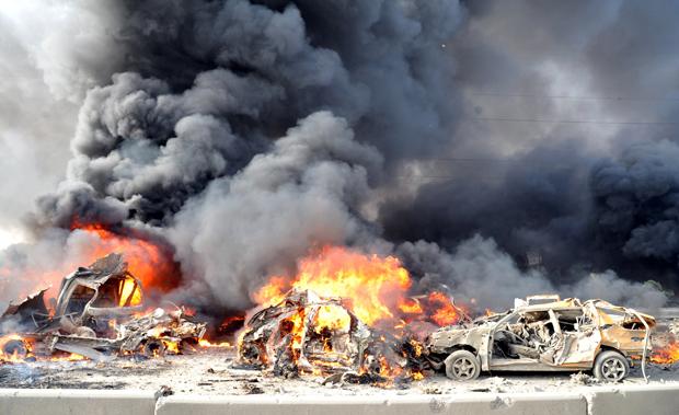 Li-syria-burning-cars-bombe