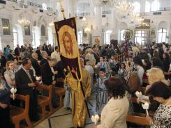 Syrian-Christians-wait-for-the-crisis-to-end-0G1F9KOJ-x