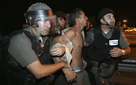 Acre-israel-riots_1007328c