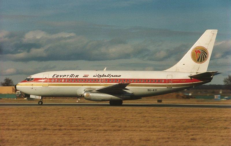 Boeing_737-266-Adv,_EgyptAir_AN0139845