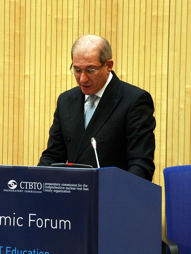 Ahmet_Uzumcu_-_CTBTO_Academic_Forum,_Vienna_2013