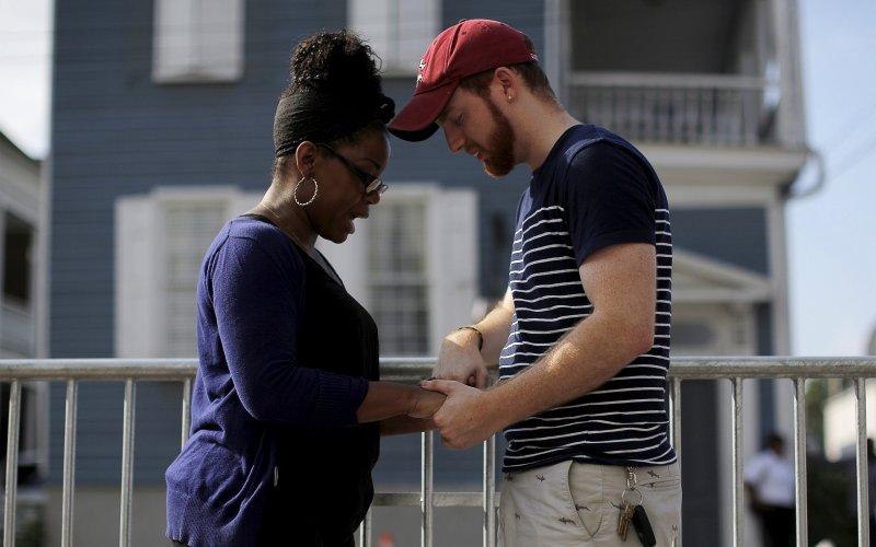 Charleston grieving, photo 3