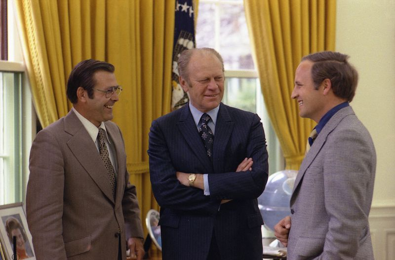 Ford_meets_with_Rumsfeld_and_Cheney,_April_28,_1975
