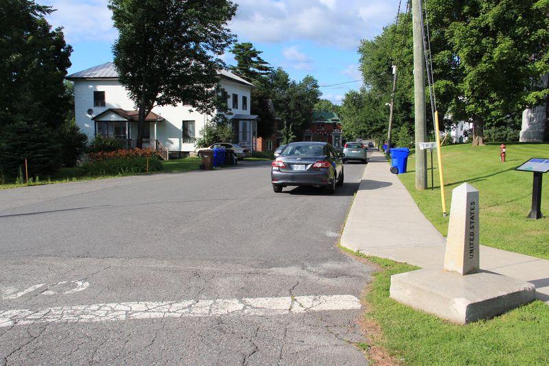 Stanstead_Quebec_ViewAcrossBorder
