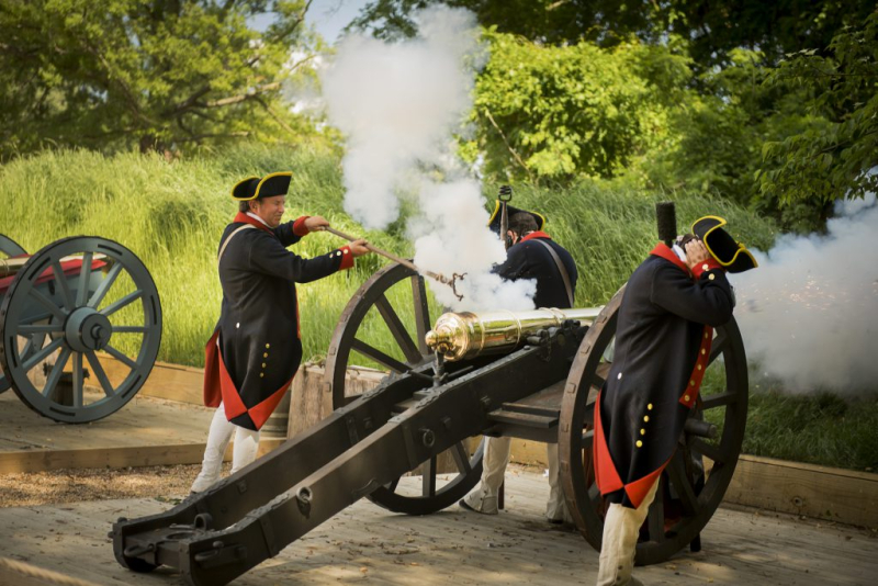 2019-09-25-Yorktown-Victory-Celebration_AmRev-Museum-at-Yorktown-artillery_Jamestown-Yorktown-Foundation-photo-1024x683