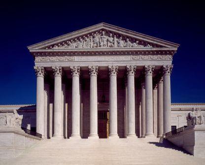 Supreme_court_building_web