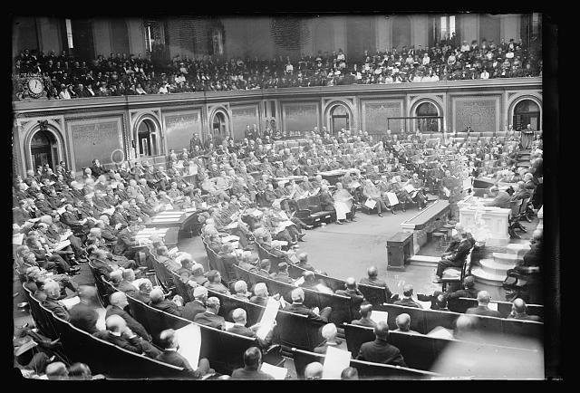 Count_electoral_votes_1917