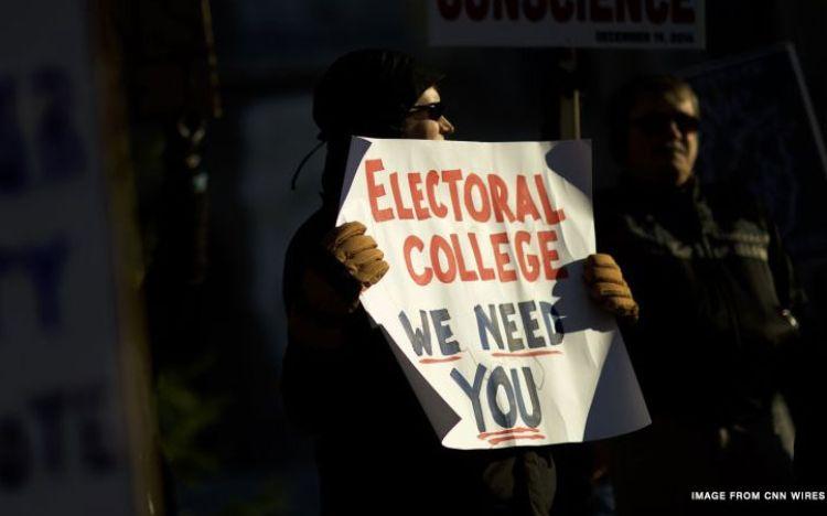 Electoral-college-protest_CNNPH